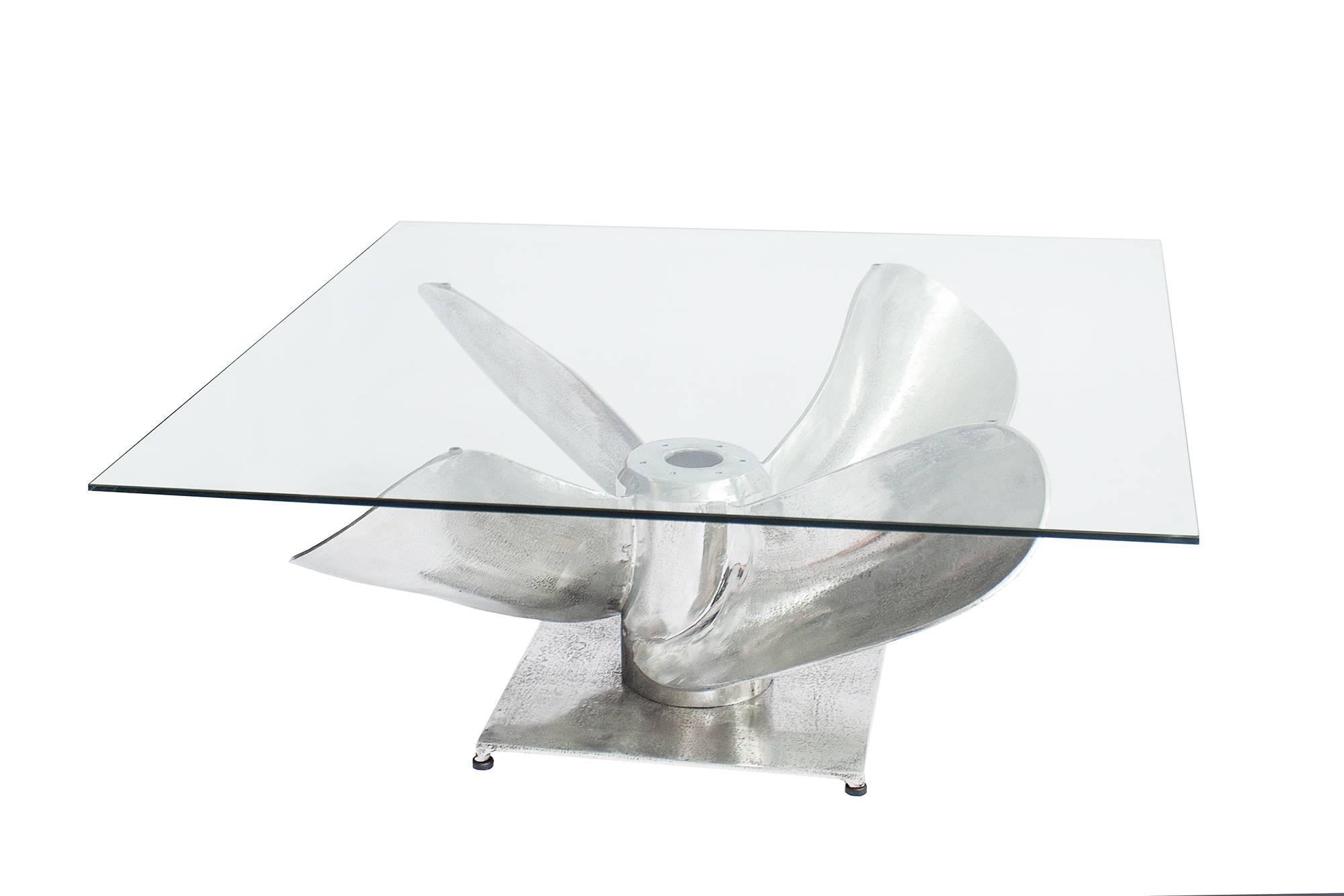 Dohányzóasztal Propeller