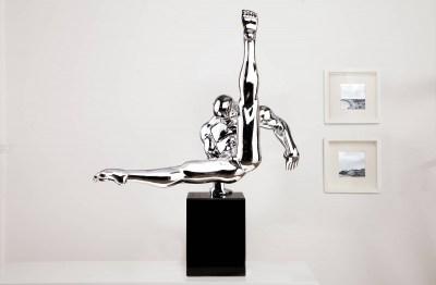 Soška Gymnast 70cm strieborná
