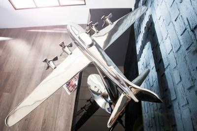 Dekorácia Pilot model lietadla 80cm